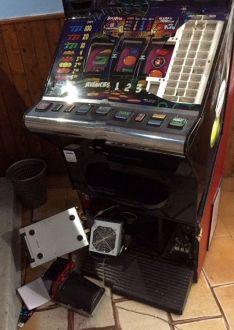 Daños en otra de las máquinas.