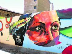 Imagen del mural que recuerda la figura de Santa Teresa de Jesús en Soria capital. Turismoensoria.