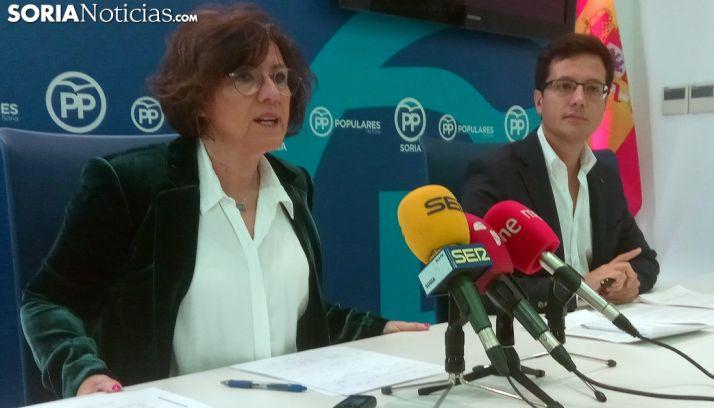 Marimar Angulo y Tomás Cabezón este lunes en rueda informativa. /SN