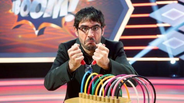 Juanra Bonet corta un cable en ¡Boom! ATRESMEDIA