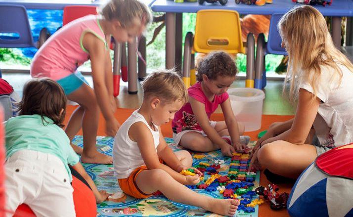 Foto 1 - El Ayuntamiento convoca ayudas para familias con niños de 0 a 6 años