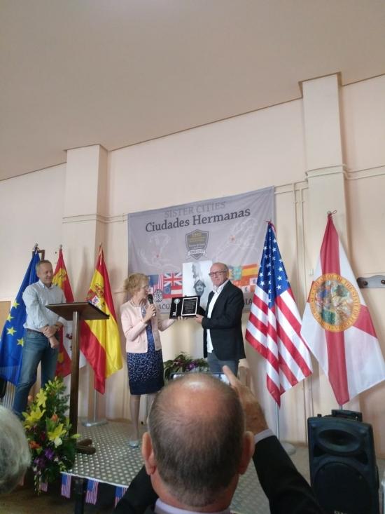 Foto 2 - Borobia actúa como anfitriona ante la delegación de Pensacola