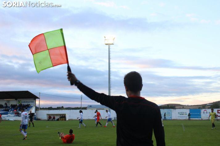 Foto 1 - La FCyLF desmiente al Real Burgos, que sigue ejerciendo presión para regresar a Tercera