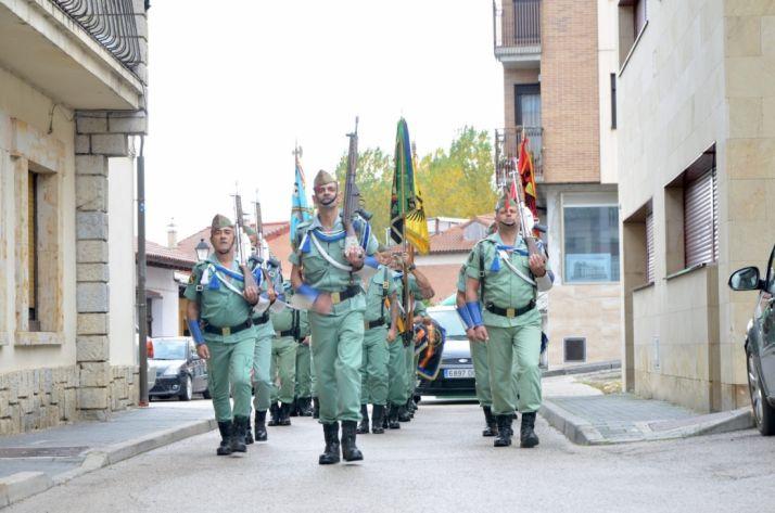 Foto 2 - Legionarios homenajean a Yagüe en San Leonardo