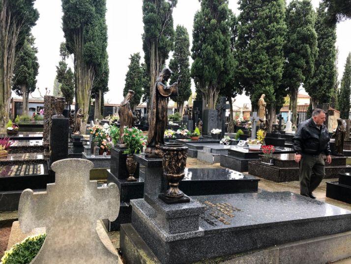 Una imagen del cementerio este miércoles. /Ayto. Olv.