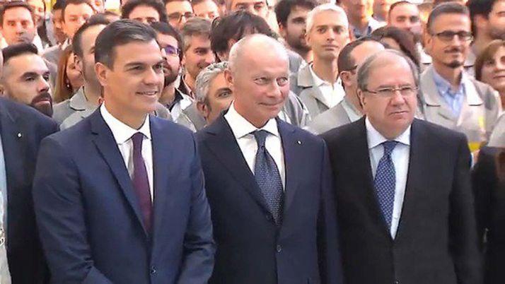 Foto 1 - Herrera asegura que consolidar la automoción es esencial para el futuro de la economía y el empleo de CyL