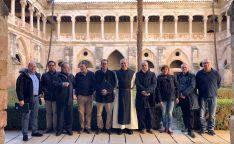 Representantes de las empresas, coordinadores de la obra, y el abad del convento. /Jta.