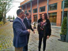 Silvia Clemente participa en la inauguración del CES.