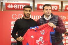 Derik Osede, nuevo futbolista del CD Numancia. SN