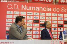 Foto 3 - César Palacios renueva su contrato con el CD Numancia hasta 2023