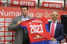 César Palacios renueva su contrato con el CD Numancia hasta 2023