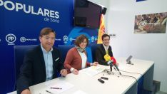 Martínez, (izda.), Angulo y Cabezón este lunes.