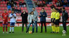 Momento del saque de honor de Marta Pérez. LFP