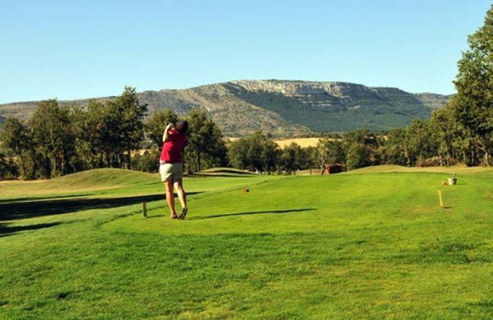 Foto 1 - Fútbol y golf, unidos en Soria