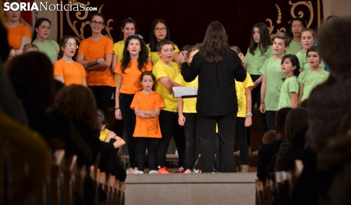 Una imagen del concierto de las voces blancas de la Coral de Soria. /SN