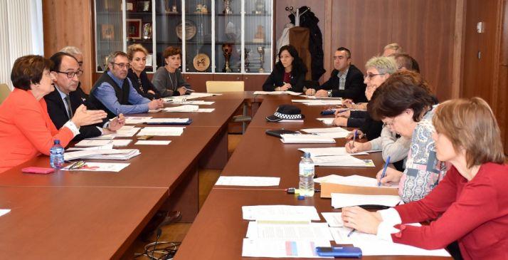 Comisión Territorial sobre Violencia de Género celebrada este lunes. /Jta.