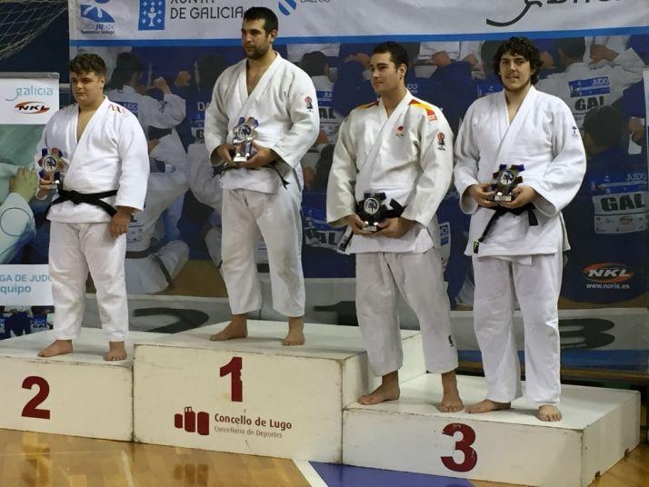 Jorge del Vigo, a la derecha de la foto.