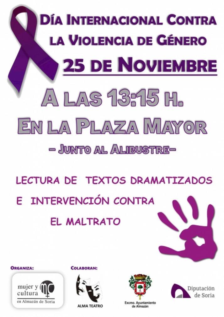 Foto 1 - Acto contra la violencia de género en Almazán