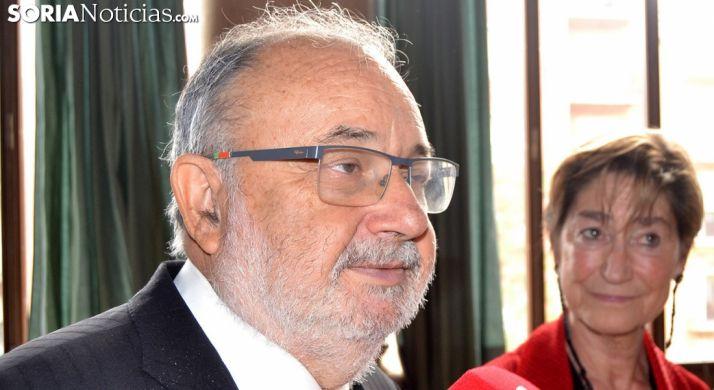 Ángel Juanes, con Victoria Ortega, este viernes en el palacio de los Condes de Gómara./SN