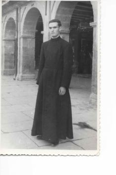 Vicente Marín de novicio, cuando estuvo con los misioneros del Verbo Divino.