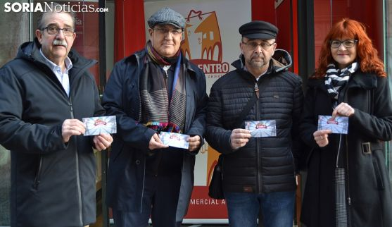 Muñoz (izda.), Iglesias, Oms y Calvo en la presentación de la campaña. /SN