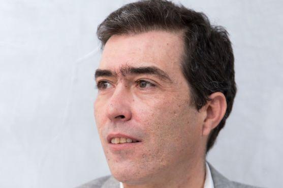 Eduardo de Simón, de Cs.