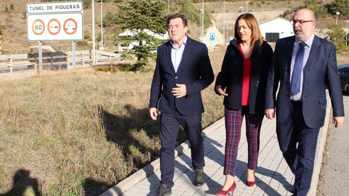 José Ignacio Pérez (izda.), Virgina Barcones y Miguel Latorre. /Subdeleg.