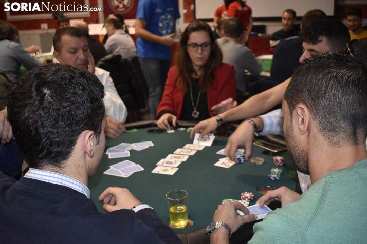 GALERÍA: Póker y solidaridad a raudales por Aspace