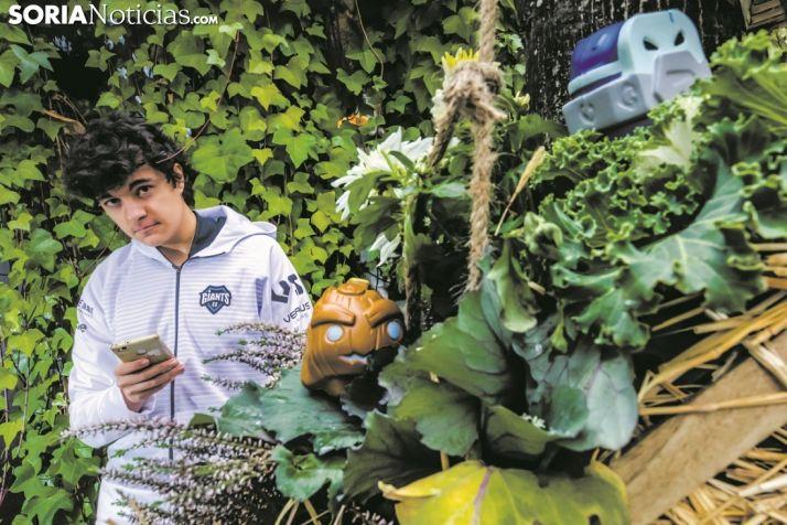 El soriano Javier Cepedo es Toad Amarillo en el Mundo virtual. Carmen de Vicente