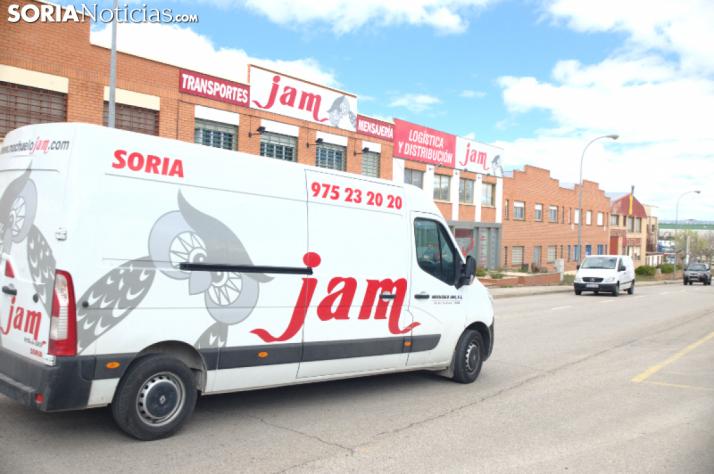 JAM: más de 30 años repartiendo paquetería por toda la provincia. SN
