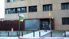 Exteriores del cuartel de la Guardia Civil en El Burgo.