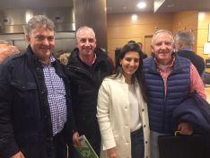 3 militantes de Vox en Soria junto a Javier Ortega y Rocio Monasterio en un acto del partido en Madrid este pasado mes de diciembre.