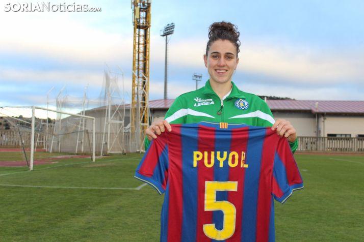 Miena Cruz, la central titular del CD San José a la que comparan con Carles Puyol.
