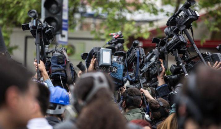 Foto 1 - La FAPE insta a defender el periodismo y la libertad de expresión, en la festividad del patrón de los periodistas