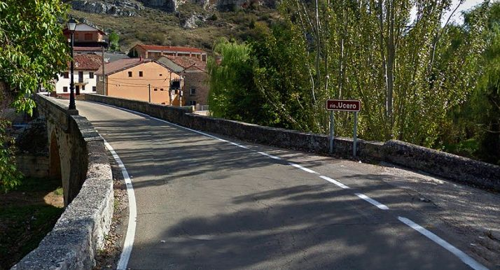 Una imagen del puente sobre el Ucero en la localidad que le da el nombre. /GM