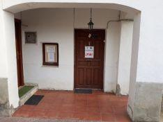 Foto 4 - Villar del Río entregará 4.000 firmas para la reapertura de la farmacia