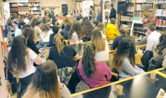Uno de los debates ciudadanos celebrado en Aguilar de Campoo (Palencia).