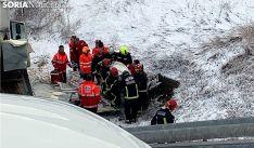 Imagen de la evacuación de uno de los heridos. /SN