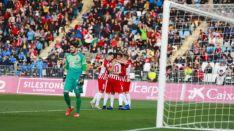 Un solitario Juan Carlos, cariacontecido tras el 1-0 del Almería. LaLiga