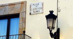 Placa al general Yagüe en San Leonardo.