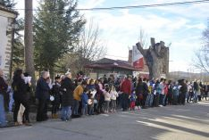 Foto 2 - Villar del Río entregará 4.000 firmas para la reapertura de la farmacia