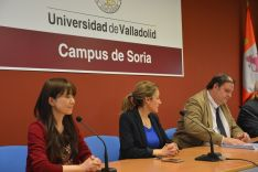 Foto 4 - Las universitarias japonesas de Nutrición se interesan por el Campus
