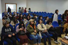 Foto 5 - Las universitarias japonesas de Nutrición se interesan por el Campus