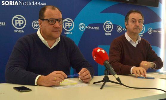 Heras (izda.) y Alonso en rueda informativa este miércoles. /SN