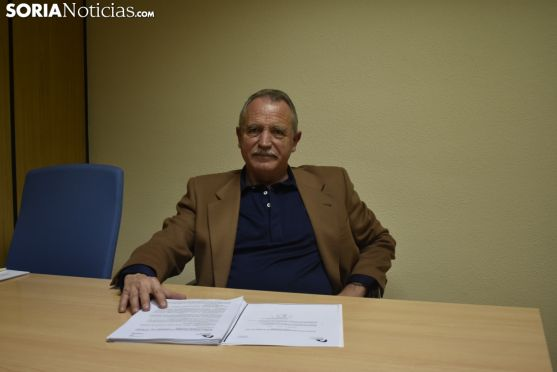 José Antonio de Miguel se sienta en el Rincón de Soria Noticias. SN