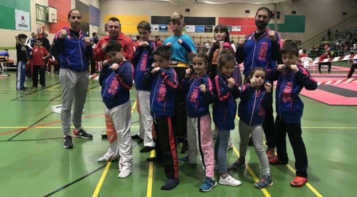 Los deportistas en Medina del Campo. /CKS