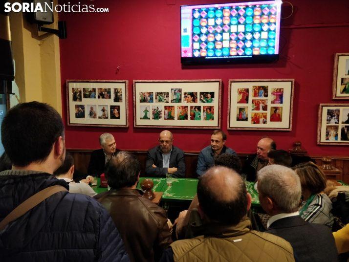 Foto 2 - Una veintena de afiliados arropan a Igea en Soria