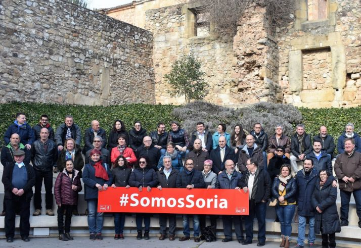 Asistentes al encuentro municipal del PSOE de Soria de esta mañana.