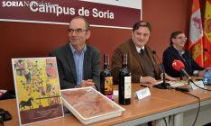 Ibáñez (izda.) Ruiz y Moreno este miércoles en la presentación del congreso. /SN