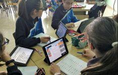 Una clase en Escolapias con sus I-Pads. /FEE